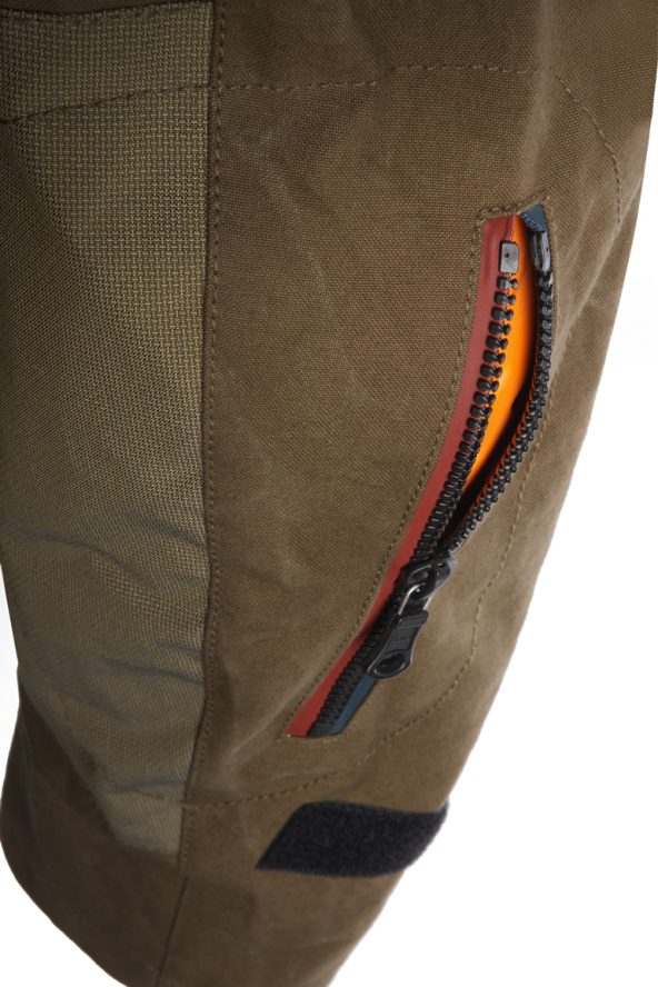 BiondoEndurance_Motorräder_GB_0009_Jacket-Mid-MkI_OliveDrab_Elbow_Protections