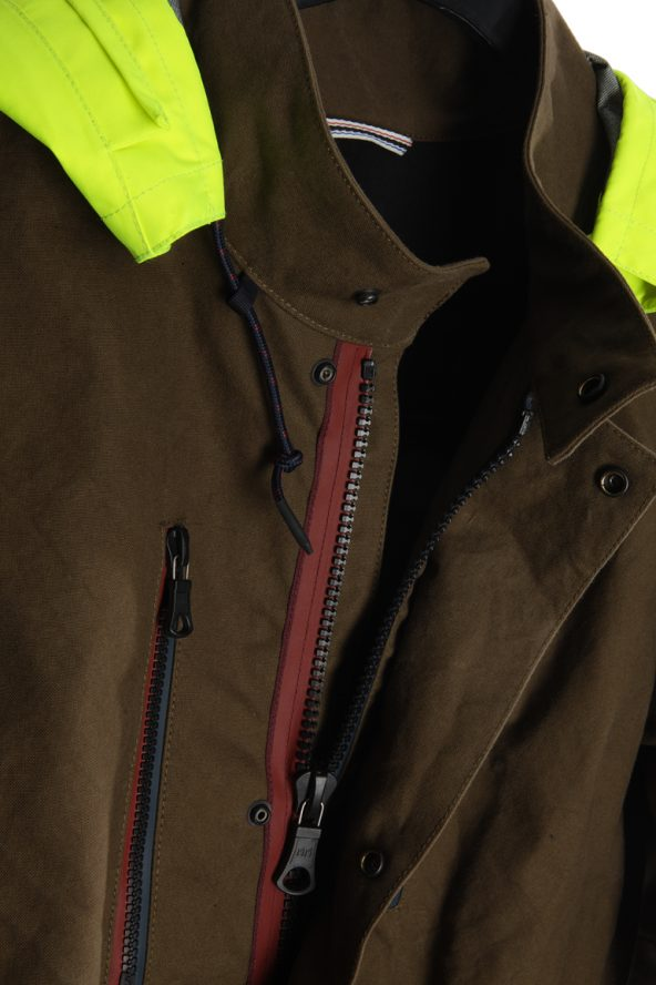 BiondoEndurance_Motorräder_GB_0009_Jacket-Mid-MkI_OliveDrab_Front_Opening_Hood