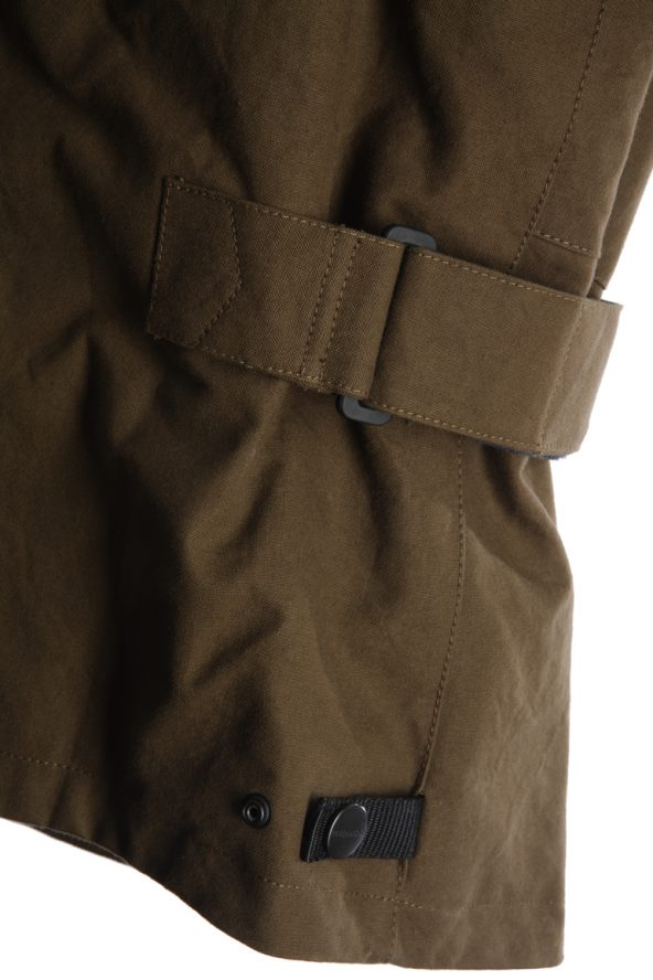 BiondoEndurance_Motorräder_GB_0009_Jacket-Mid-MkI_OliveDrab_Side_Adjusters