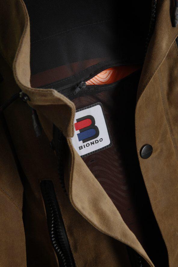 BiondoEndurance_Motorräder_GB_0009_Jacket-Mid-MkI_Tobacco_Back_Protection