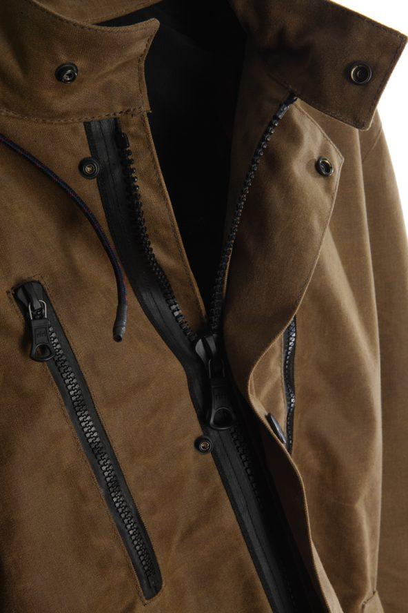 BiondoEndurance_Motorräder_GB_0009_Jacket-Mid-MkI_Tobacco_Front_Zippers