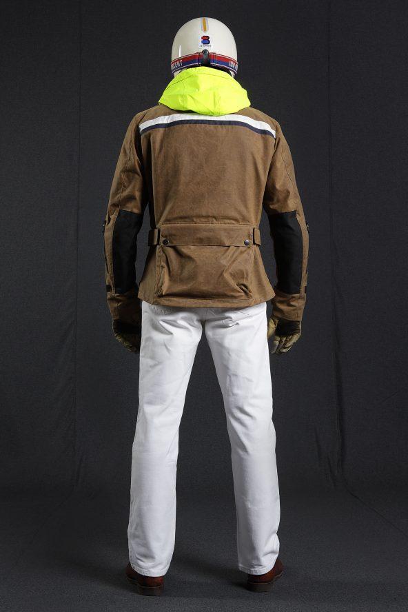 BiondoEndurance_Motorräder_GB_0009_Jacket-Mid-MkI_Tobacco_Portrait_Back