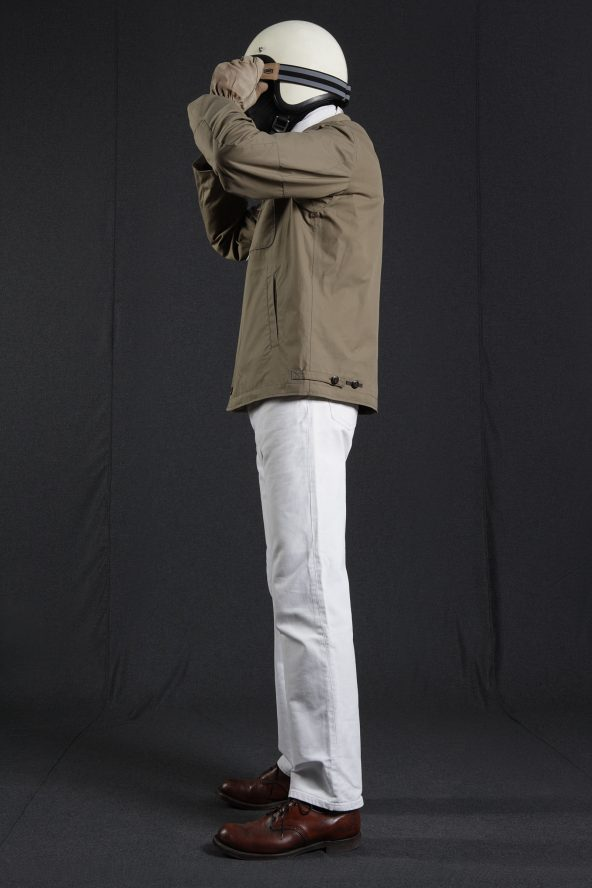 BiondoEndurance_HeavyDuty_GB_0002_Jacket-Short_Khaki_Portrait_Side