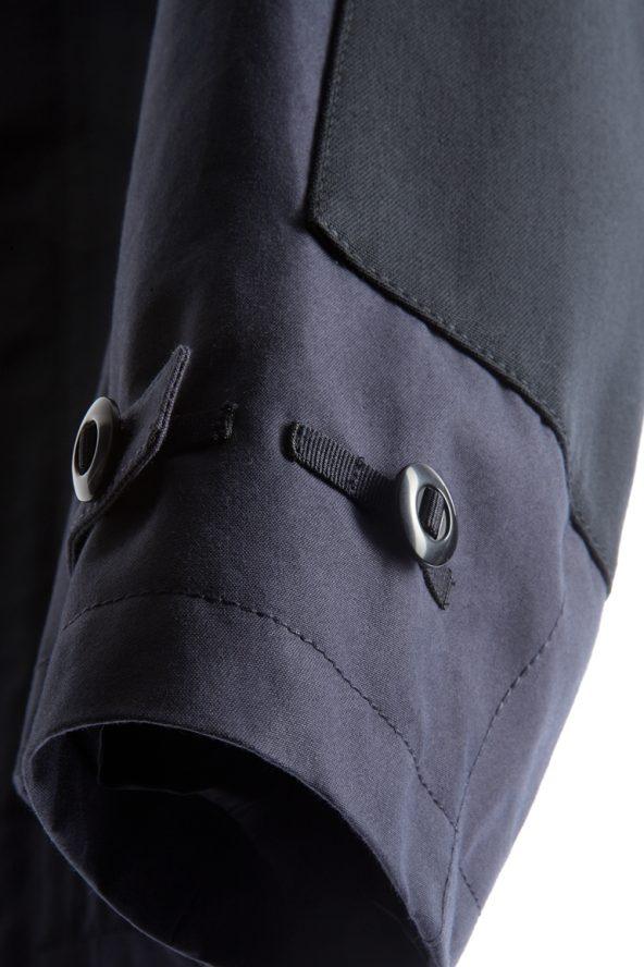 BiondoEndurance_HeavyDuty_GB_0006_Jacket-Short_DarkNavy_Sleeve_Details
