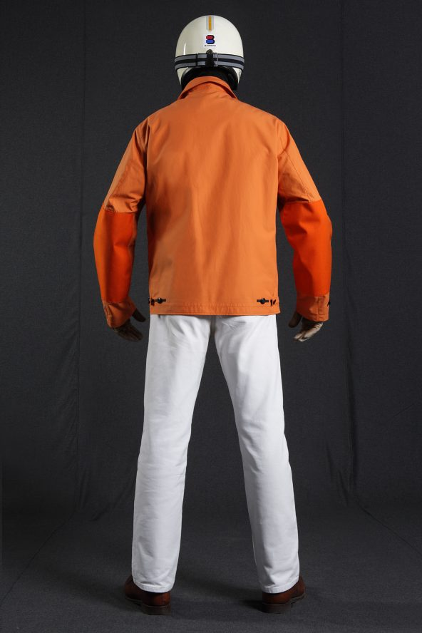 BiondoEndurance_HeavyDuty_GB_0006_Jacket-Short_Orange_Portrait_Back