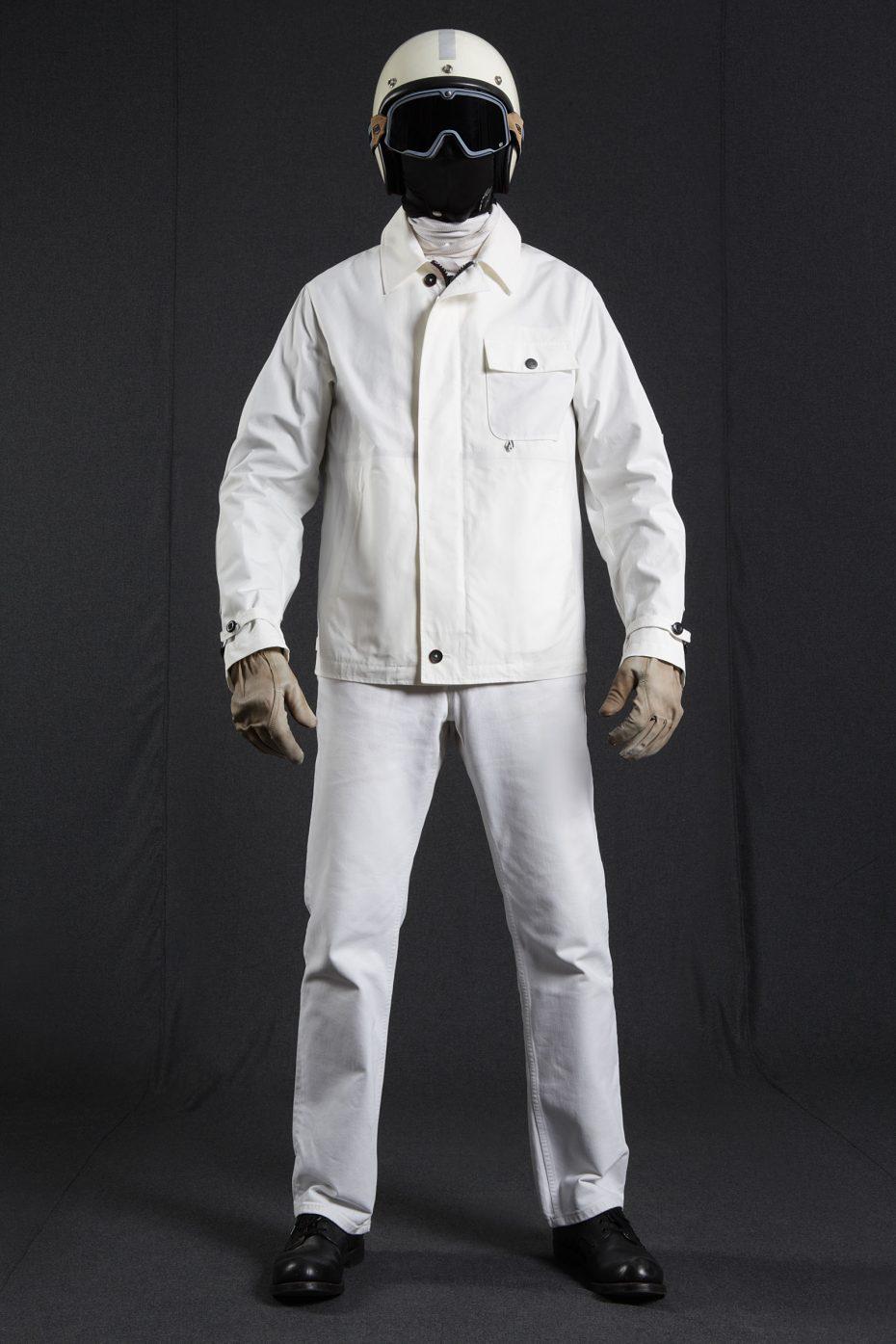 BiondoEndurance_HeavyDuty_GB_0006_Jacket-Short_White_Portrait_Front