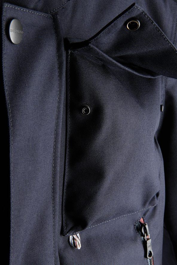BiondoEndurance_Motorräder_GB_0003_Short-Jacket_DeepBlue_Pocket_Chest
