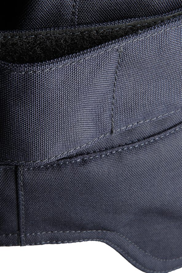BiondoEndurance_Motorräder_GB_0003_Short-Jacket_DeepBlue_Side_Adjusters