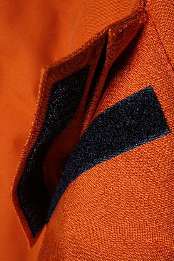 BiondoEndurance_Motorräder_GB_0008_Short-Jacket_MoroccoOrange_Side_Pockets