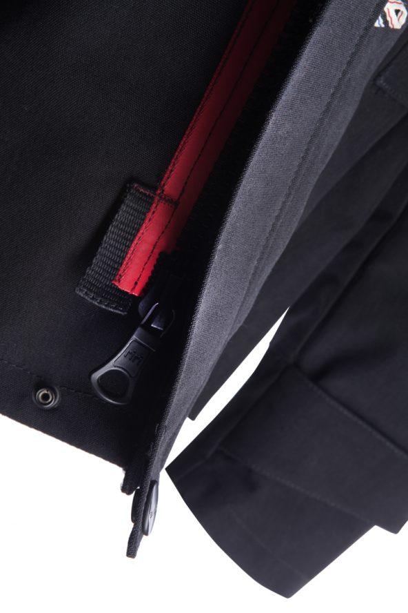 BiondoEndurance_Motorräder_GB_0009_Jacket-Mid-MkI_BlackCordura_Front_Zipper_Tab