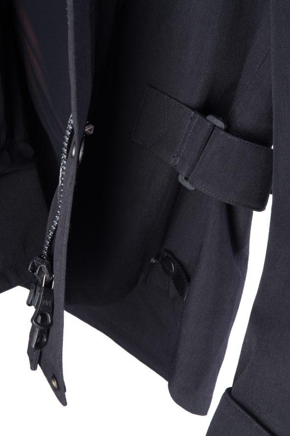BiondoEndurance_Motorräder_GB_0009_Jacket-Mid-MkI_BlackCordura_Side_Adjusters