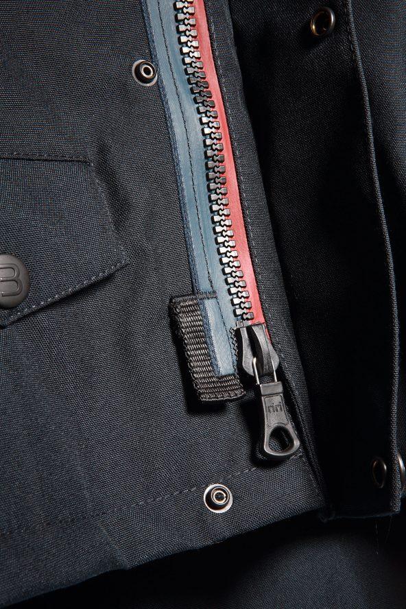 BiondoEndurance_Motorräder_GB_0014_Jacket-Mid-MkII_DeepBlue_Zipper_Tab