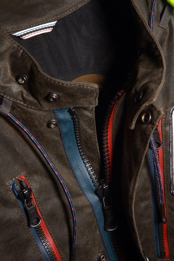 BiondoEndurance_Motorräder_GB_0014_Jacket-Mid-MkII_KhakiBrown_Front_Opening