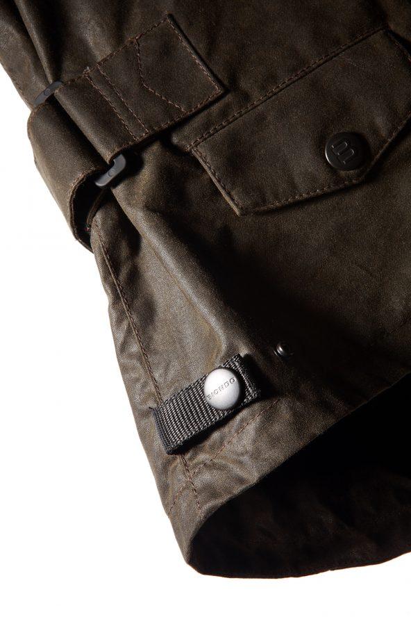BiondoEndurance_Motorräder_GB_0014_Jacket-Mid-MkII_KhakiBrown_Side_Adjusters