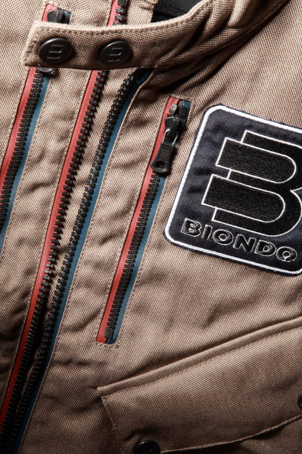 BiondoEndurance_Motorräder_GLT_004_Vest_HD-FawnCordura_Front_Opening