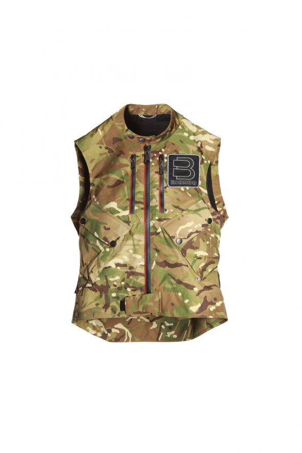 BiondoEndurance_Motorräder_GLT_004_Vest_UK-Monsoon_Still