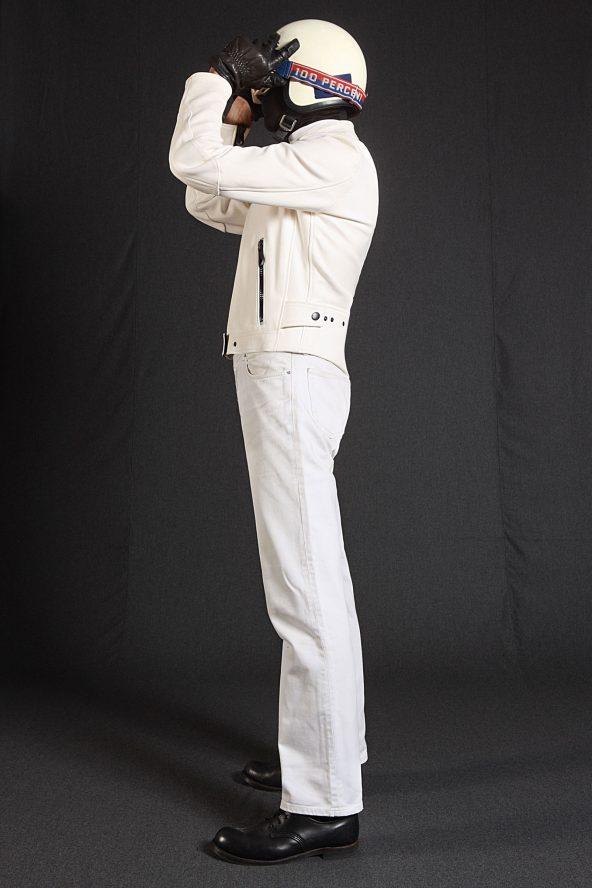 BiondoEndurance_Motorräder_LGB_005_Leather-Jacket_NasaWhite_Portrait_Front