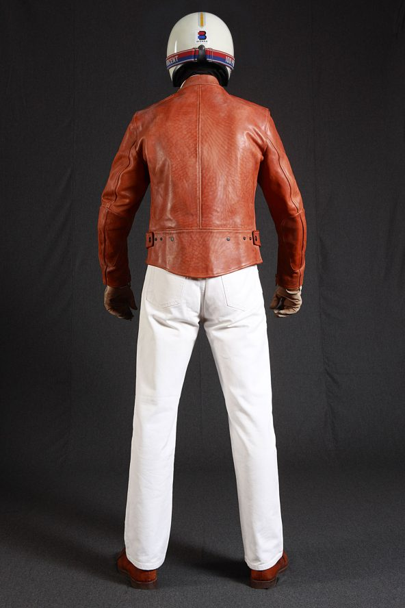 BiondoEndurance_Motorräder_LGB_005_Leather-Jacket_Tobacco_Portrait_Back