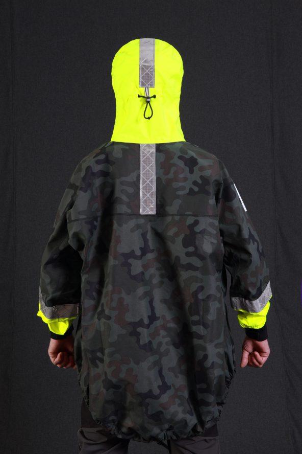 BiondoEndurance_SaltyDog_GL_0011_EmergencyCag_Vert._Portrait_Back_Hood