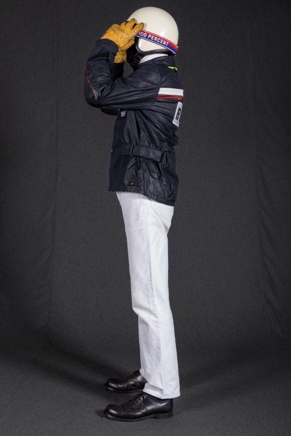 BiondoEndurance_Motorräder_GB_0009_Jacket-MkIII_RacingUnit_NavyBlue_CottonCanvas_Portrait_Side