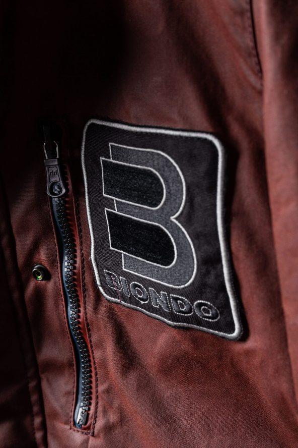 BiondoEndurance_Motorräder_GB_0009_Jacket-OxBlood_Jasta11_Chest_Logo