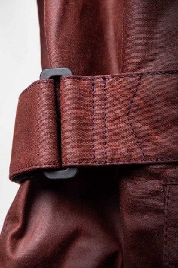 BiondoEndurance_Motorräder_GB_0009_Jacket-OxBlood_Jasta11_Side_Adjuster