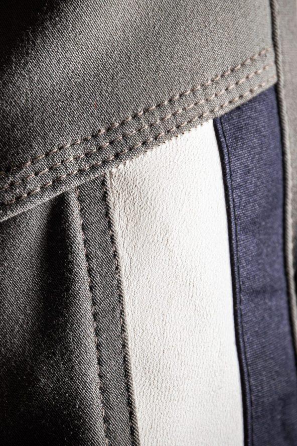 BiondoEndurance_Motorräder_PT_0014_Racing-Trousers_MorbegnoGrey_HD-Pouch_Portrait_Side_Stripes